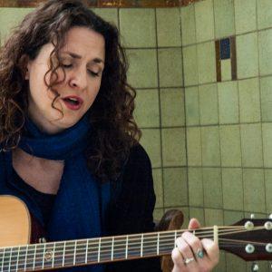 Karmijn Singer-songwriter Cursus Songwriting LalaLab